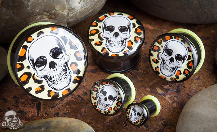 Single flare leopard skull plug