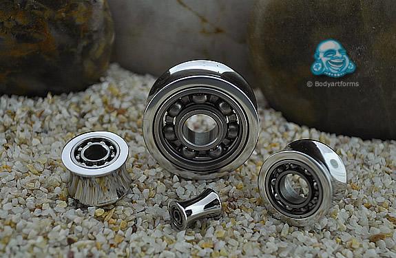 Ball bearing plug