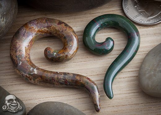 Indian Bloodstone Tail Spirals