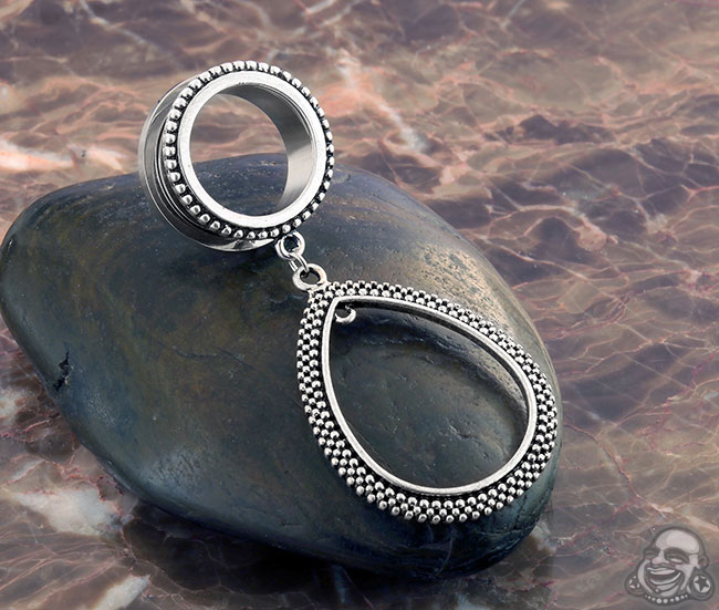 Steel teardrop dangle eyelet (SINGLE)