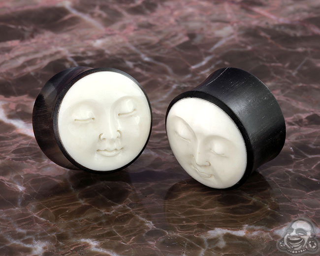 DF Black horn plugs with Carved Bone Moon Face (pa
