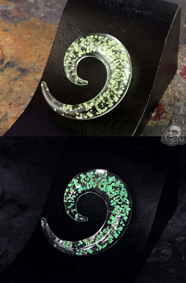 Glass Glow in the Dark Spiral- Green (Single)