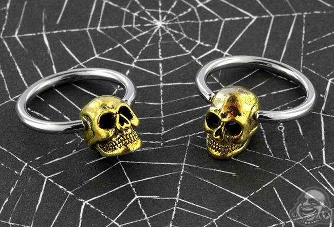 Steel Captive with Brass Skull