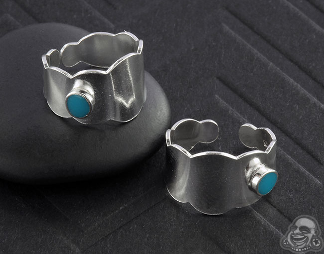Synthetic Turquoise Drop Band