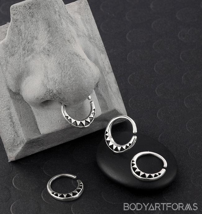 Silver Geometric Pyramid Seamless Ring