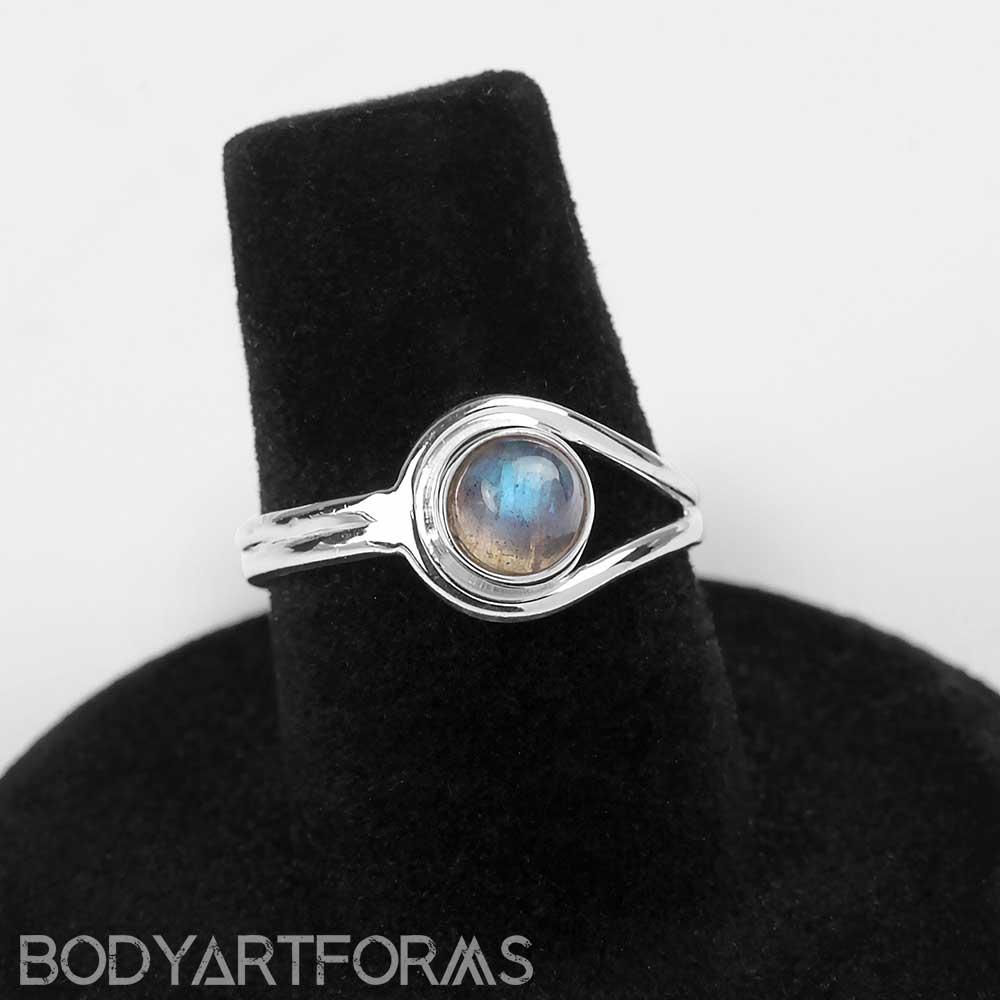 Dainty Labradorite Ring