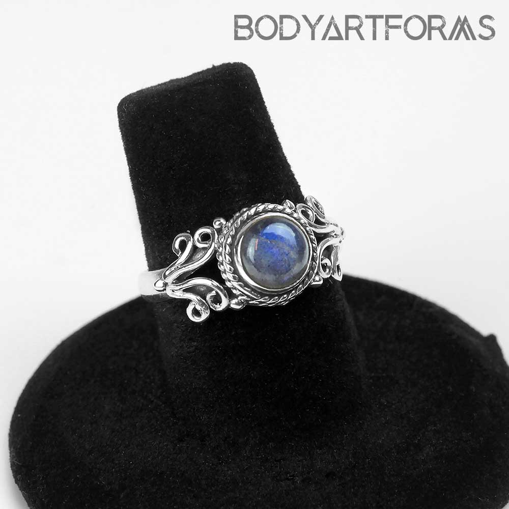 Ornate Silver and Labradorite Ring