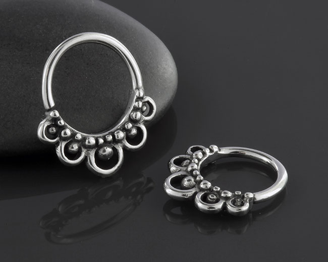 Beaded Dew Drop Septum Seamless Ring