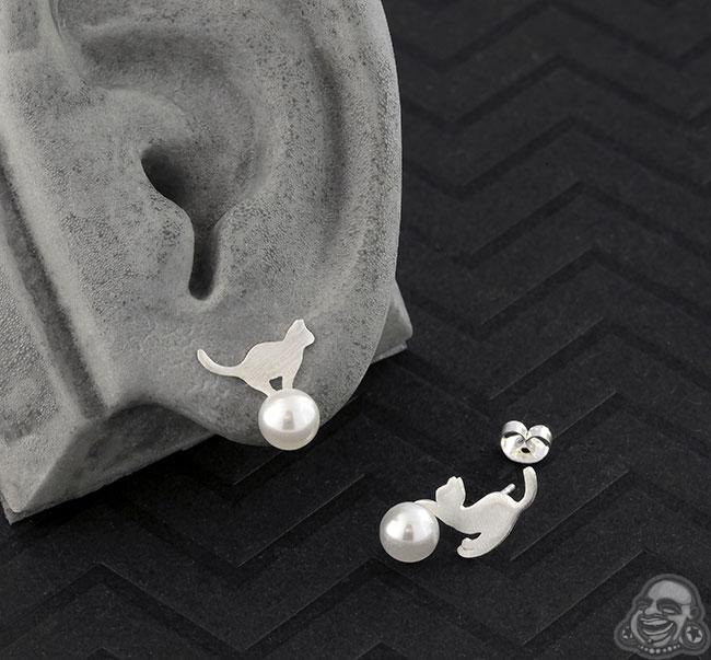 Faux Pearl Cat Stud Earrings