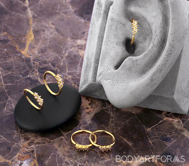Jeweled Zigzag Seamless Ring